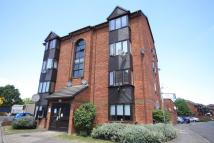 Flat to rent in Vardon Close, Acton