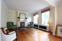 3 bed property in Spencer Road, London