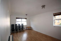 1 bedroom Flat to rent in Acton Lane, London