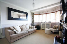 1 bedroom Flat to rent in Chiswick Village, London