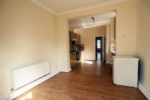 Flat to rent in Rusthall Avenue, London