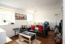 Flat to rent in Fauconberg Court...
