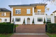 9 bed home in Burlington Lane, Chiswick