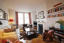 4 bedroom house in Antrobus Road, Chiswick