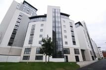 2 bedroom Flat to rent in Pump House Crescent...
