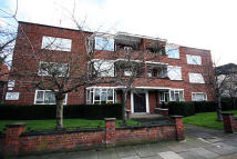2 bedroom Flat to rent in Windsor House...