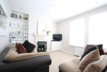 2 bedroom property in Oxford Gardens, Chiswick