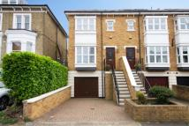 4 bed home in Brooks Road, Chiswick