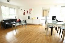 Flat to rent in Temeraire Place...