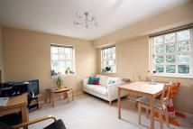 2 bed Flat in Copenhagen Gardens...