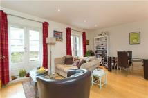 2 bed Apartment in Battersea Bridge Road...
