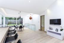 4 bedroom house to rent in Trinity Road, London...