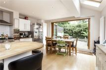4 bed Terraced home to rent in Lavender Sweep, London...