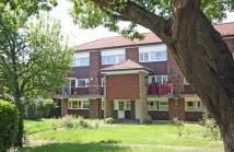 Flat for sale in Manor Vale, Brentford