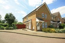Flat for sale in Billets Hart Close...