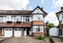 6 bed semi detached house in Delamere Road, Ealing