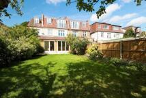 7 bed house in Grange Road, Ealing