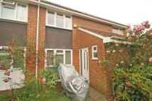 3 bed property in Aspen Close, Ealing...