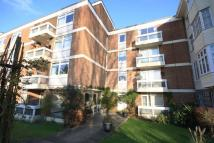 Flat to rent in Greystoke Court, London