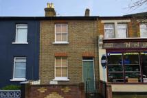 2 bedroom home in Grosvenor Road, Hanwell