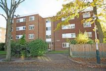 2 bedroom Flat in St Mary's Road, Ealing
