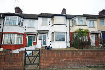 3 bed home to rent in Waverley Gardens, Ealing