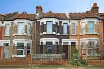 2 bed house in Drayton Avenue, Ealing
