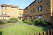 1 bedroom Flat in Popes Lane, Ealing