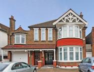 4 bedroom Flat for sale in Gunnersbury Avenue...