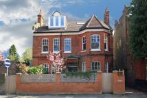 Flat for sale in Kenilworth Road, Ealing