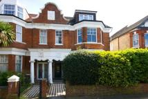 3 bedroom Flat for sale in Wolverton Gardens, Ealing