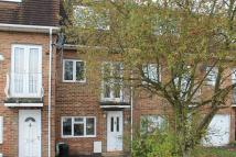 4 bedroom house in Blossom Close, Ealing