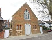 3 bedroom property in Church Street, Hampton...