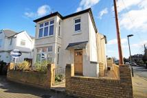 Flat to rent in Percy Road, Hampton...