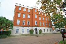 Flat in Ann Boleyn House...