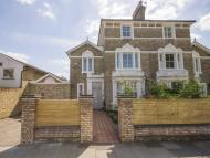 5 bedroom property in Park Road, Hampton Hill
