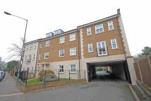 2 bed Flat to rent in High Street, Hampton...