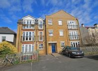 1 bedroom Flat in Thames Reach...