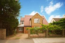 5 bed property in Twickenham Road, Hanworth