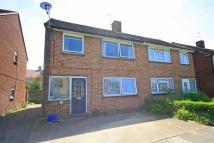 3 bedroom house in Oxford Way, Hanworth...