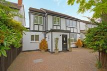 5 bedroom home in Church Street, Hampton