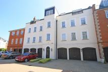 Flat for sale in Anne Of Cleves House...