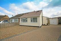 3 bedroom property in Hawthorn Close, Hampton