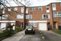 4 bedroom house to rent in Dumbleton Close, Kingston