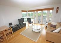 2 bed Flat in Charter Quay, Kingston...
