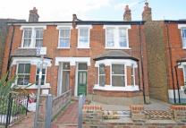 3 bedroom property in Chatham Road, Surrey