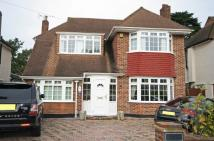 Flat to rent in Wendover Drive...