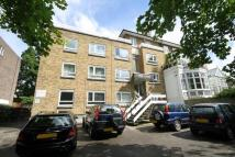 1 bed Flat in Kingston Hill...
