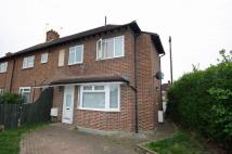 3 bed property for sale in Lincoln Road, New Malden