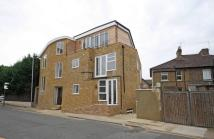 Flat to rent in Church Road, Surrey